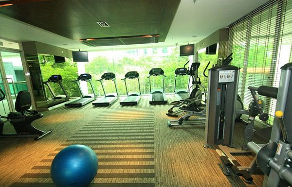 The-Address-Chidlom-condo-Bangkok-gym