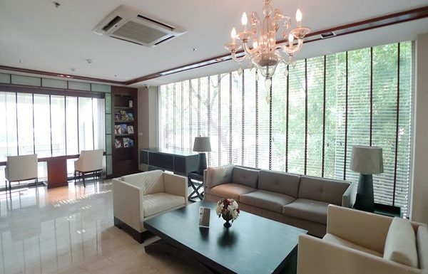 The-Address-Chidlom-condo-Bangkok-communal-area